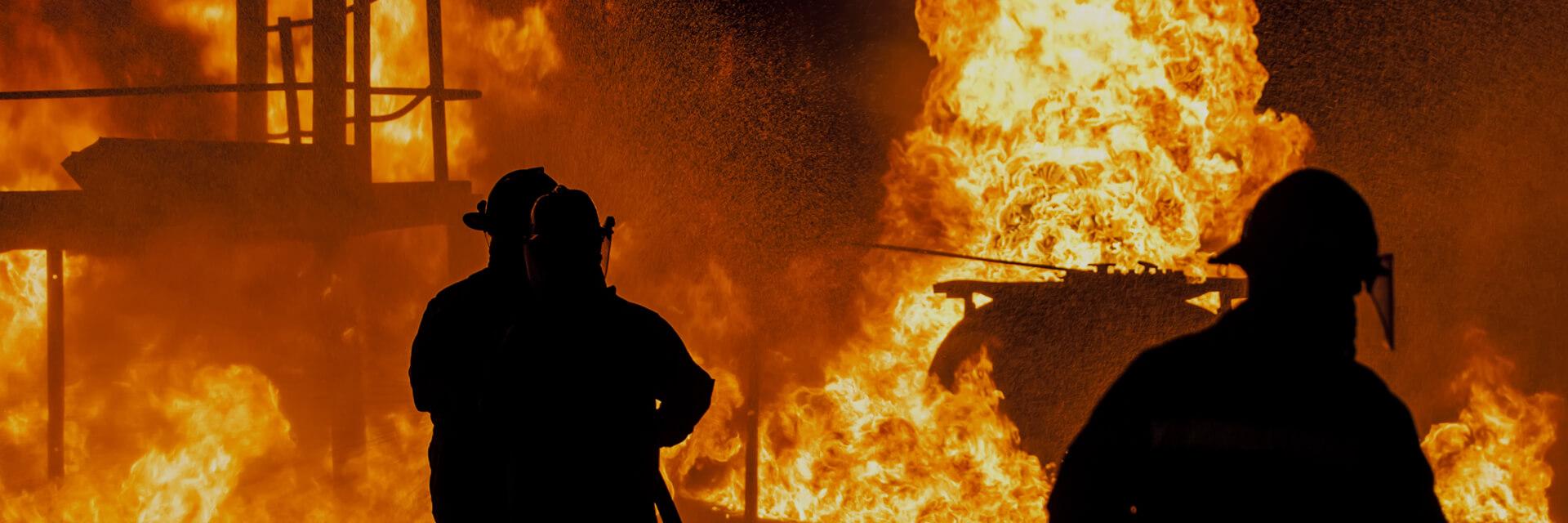 Пожаротушение Боритесь с огнем и спасайте жизни, облегчив свою работу и улучшив мобильность.